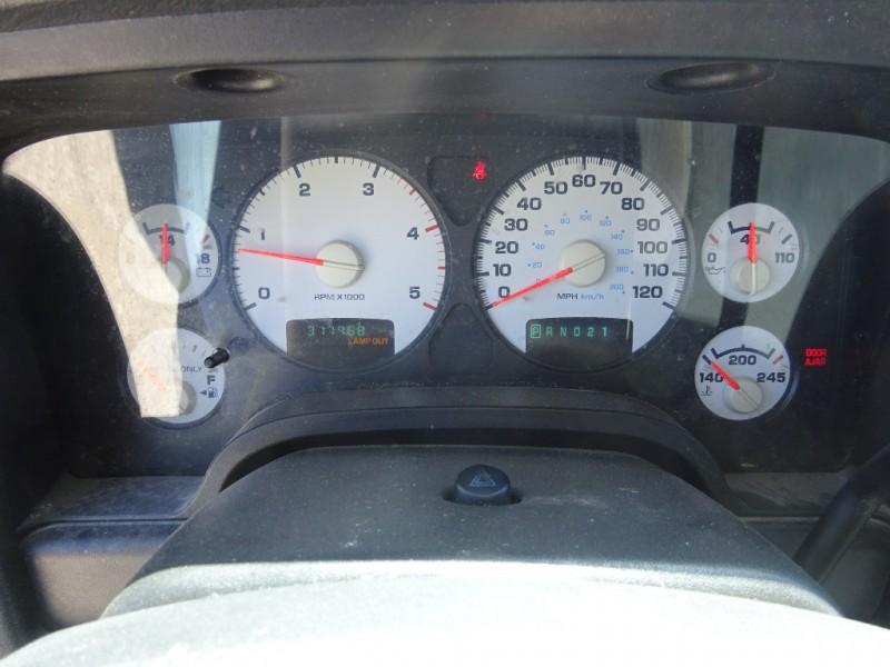 Dodge Ram 2500 2004 price $6,795