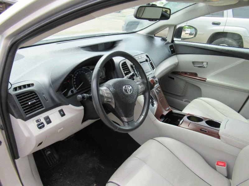 Toyota Venza 2010 price $8,495