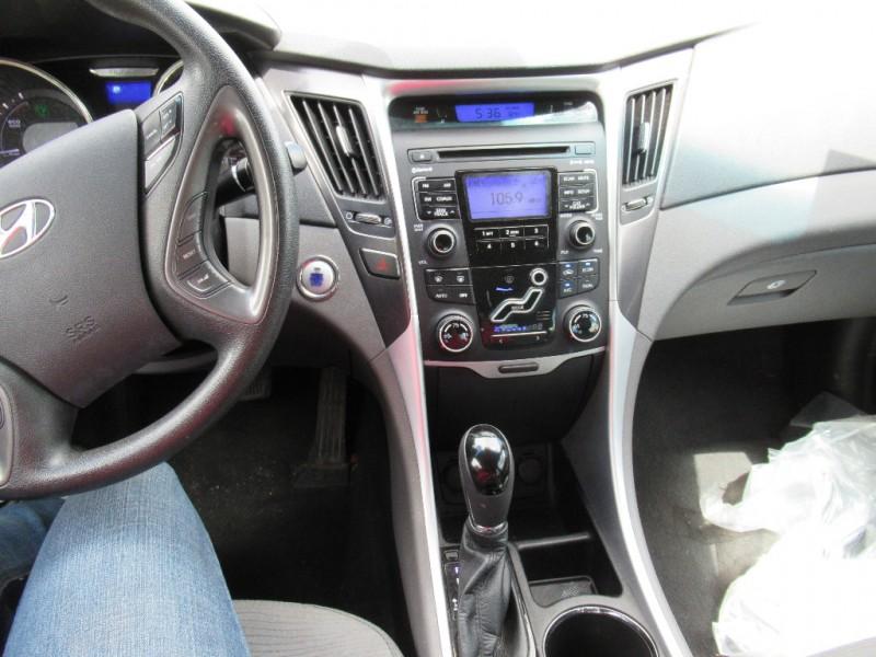 Hyundai Sonata 2011 price $6,495