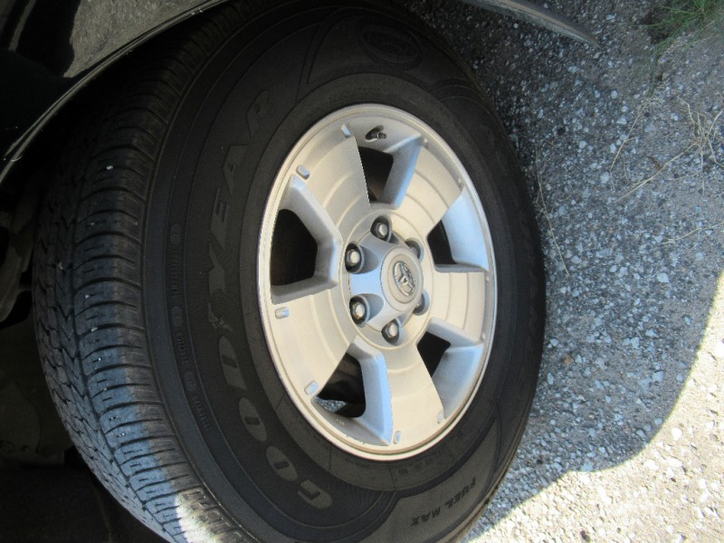Toyota Sequoia 2001 price $4,895