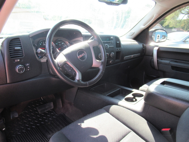 GMC Sierra 1500 2011 price $16,795