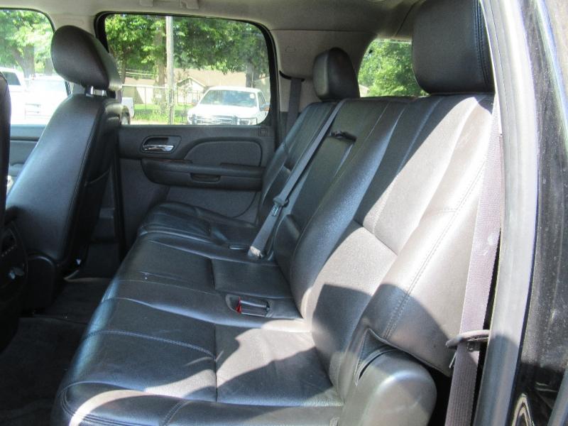 GMC Yukon XL 2011 price $8,795