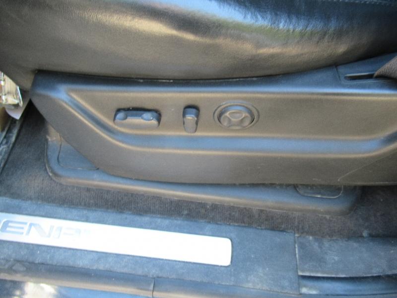 GMC Yukon Denali 2009 price $9,795