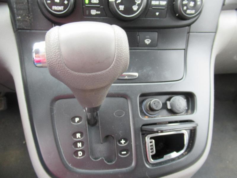 Kia Sedona 2008 price $4,395