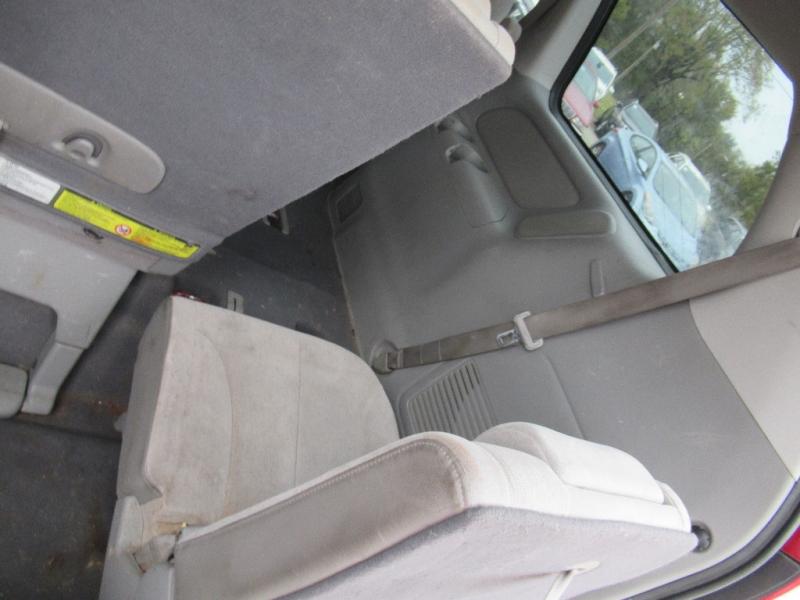 Kia Sedona 2008 price $2,995