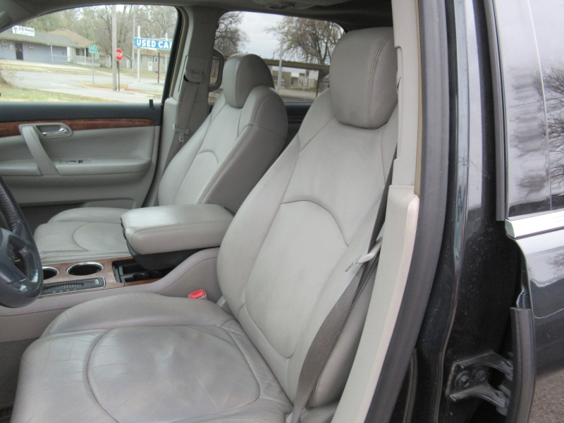 Saturn Outlook 2007 price $5,695