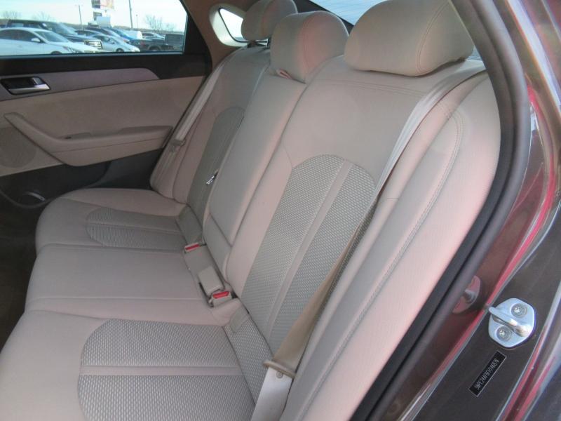 Hyundai Sonata 2015 price $9,095