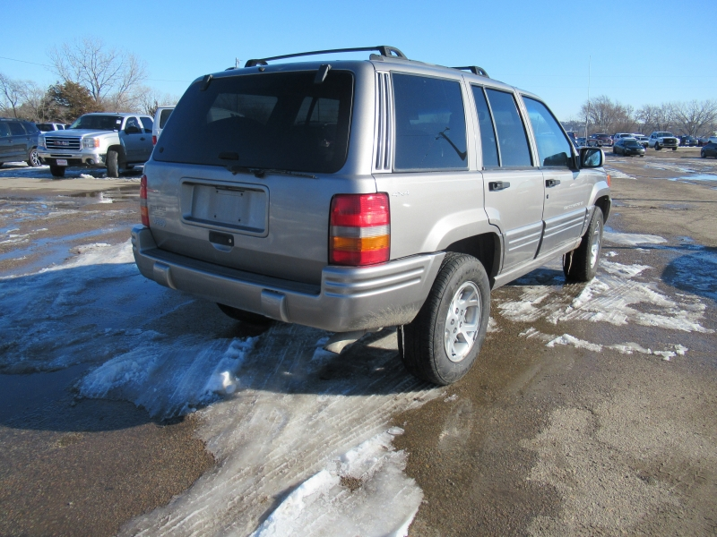 Jeep Grand Cherokee 1998 price $3,195