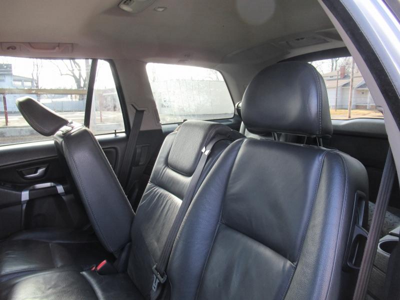 Volvo XC90 2011 price $5,295