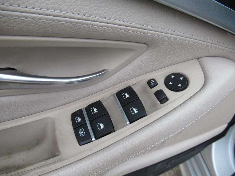 BMW 5-Series 2012 price $13,295