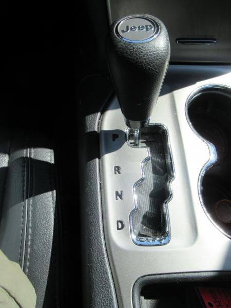 Jeep Grand Cherokee 2011 price $8,795