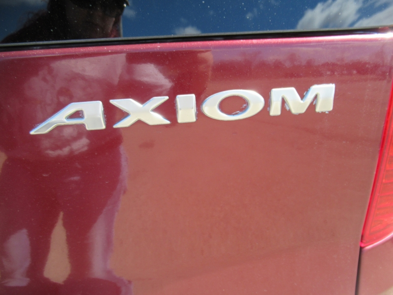 Isuzu Axiom 2003 price $4,995