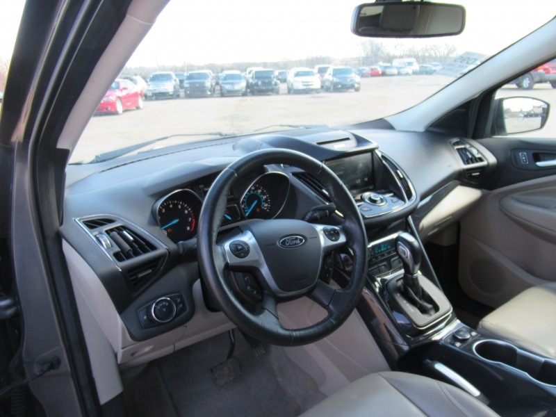 Ford Escape 2014 price $8,795