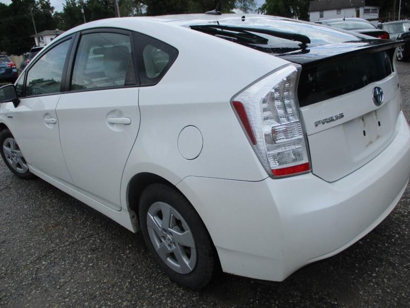 Toyota Prius 2011 price $6,795