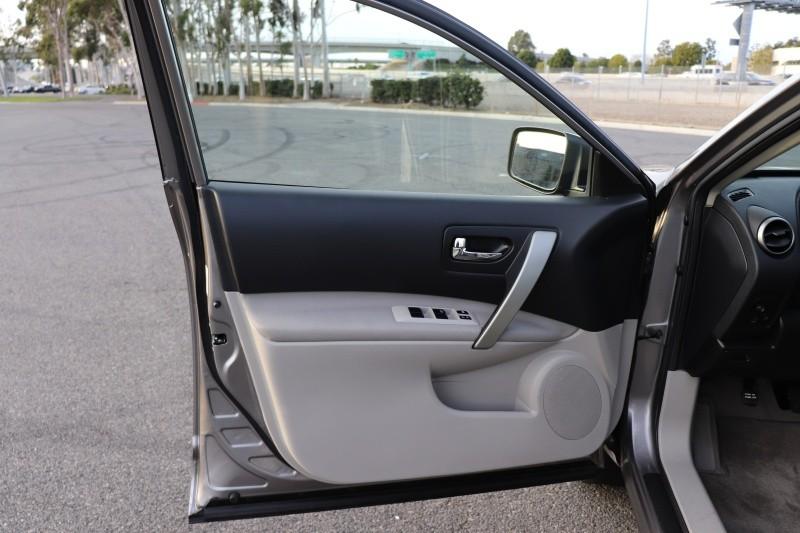 Nissan Rogue 2010 price $8,588