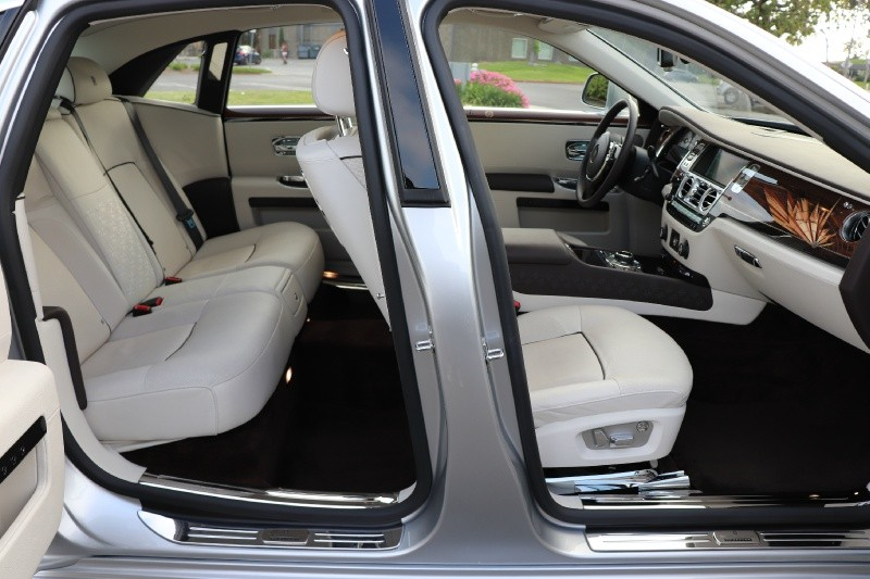 Rolls-Royce Ghost 2014 price $152,888