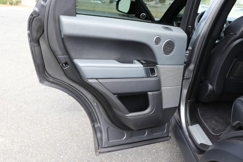 Land Rover Range Rover Sport 2014 price $39,888