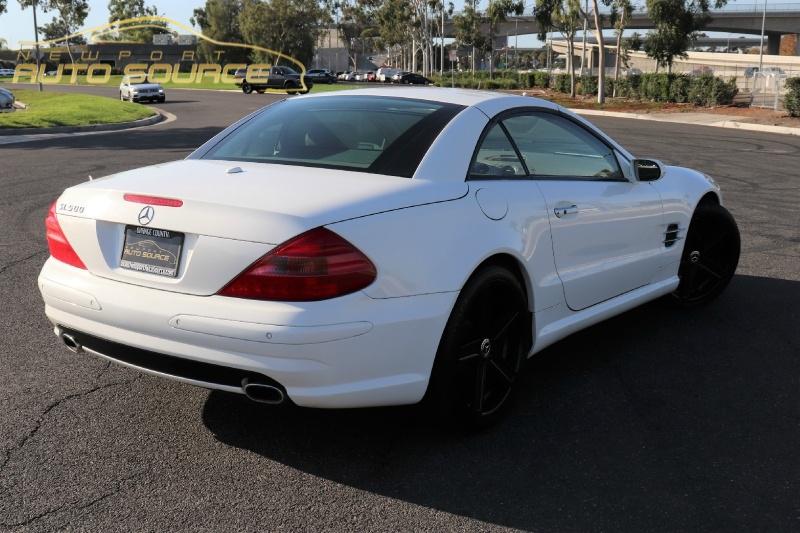 Mercedes-Benz SL-Class 2006 price $17,488