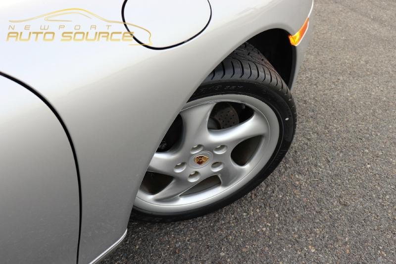 Porsche 911 2000 price $24,488