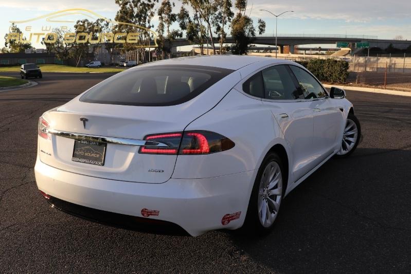 Tesla Model S 2017 price $76,888