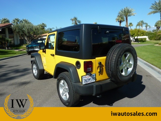 Jeep Wrangler 2015 price $24,999