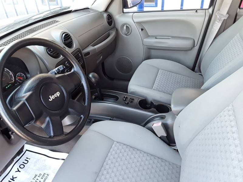 Jeep Liberty 2006 price $8,995