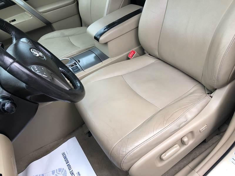 Toyota Highlander 2010 price $8,500