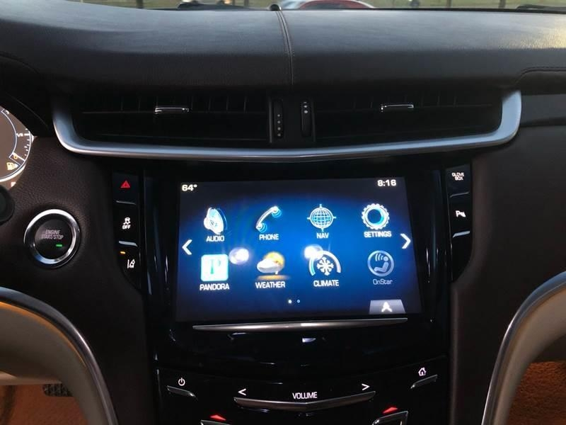 2013 Cadillac XTS Premium Collection 4dr Sedan
