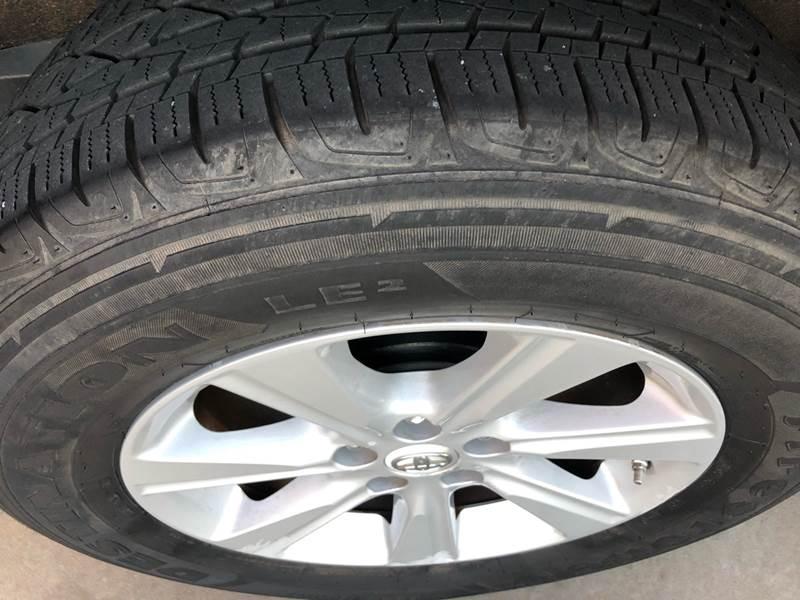 Toyota Highlander 2012 price $10,995