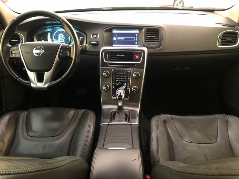 Volvo S60 2014 price $6,995