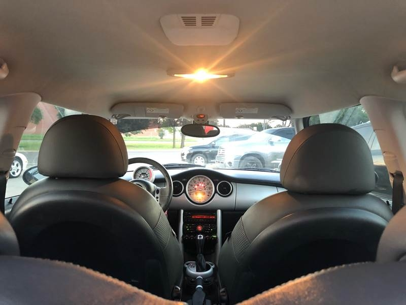 MINI Cooper 2003 price $3,500