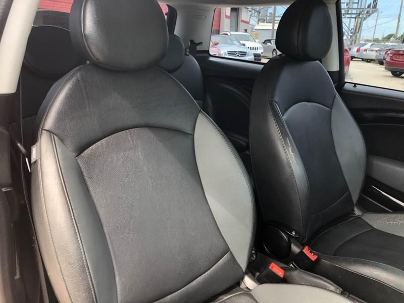 MINI Cooper 2010 price $4,995