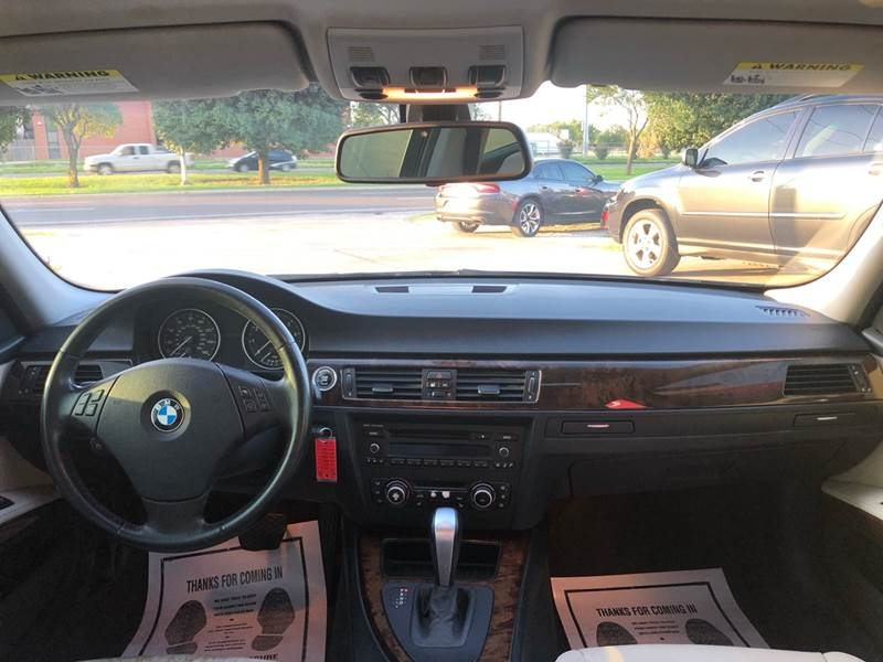 BMW 3 Series 2010 price $4,999