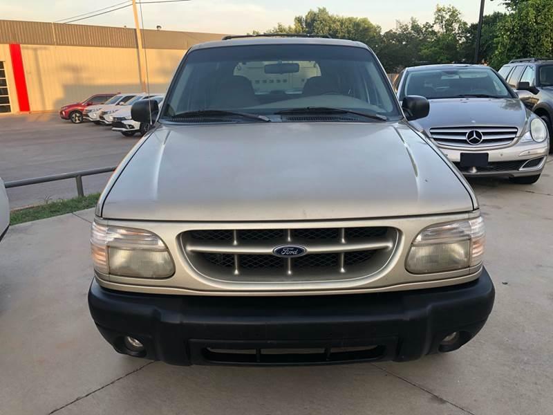 Ford Explorer 1999 price $1,500