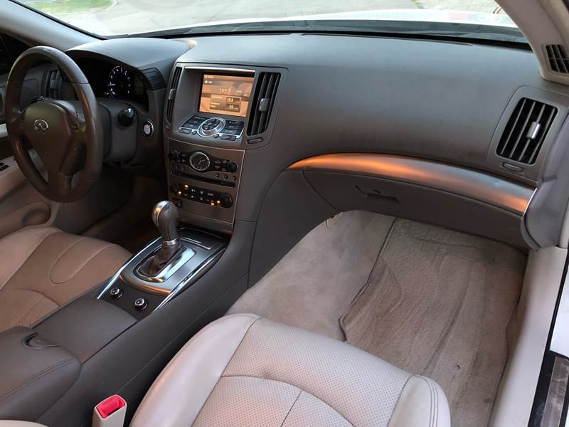 Infiniti G37 Sedan 2010 price $7,500