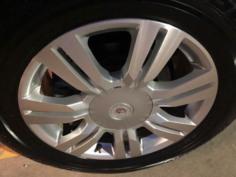 Cadillac SRX 2011 price $9,500