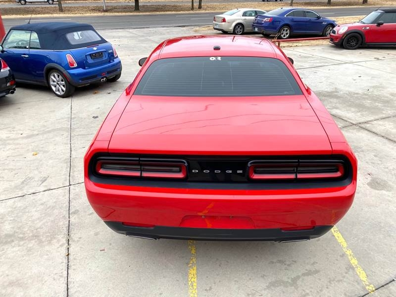 Dodge Challenger 2016 price $13,500