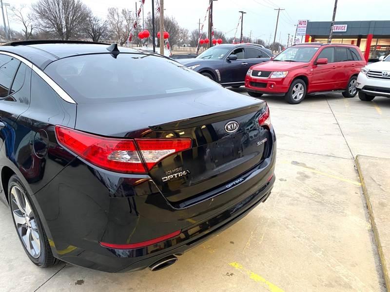Kia Optima 2011 price $7,500