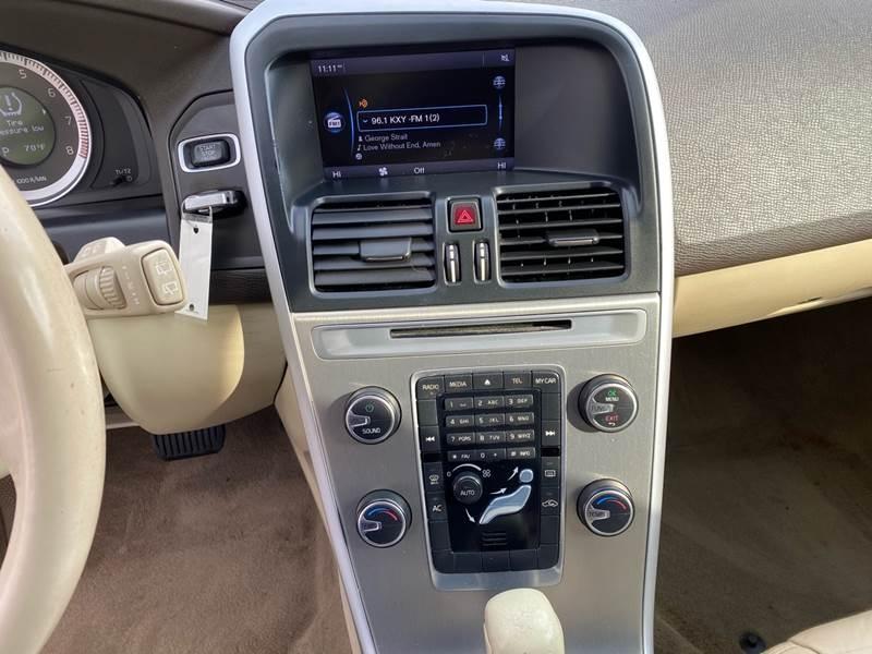 Volvo XC60 2011 price $5,500