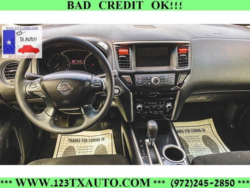 Nissan Pathfinder 2015 price **WE FINANCE!**