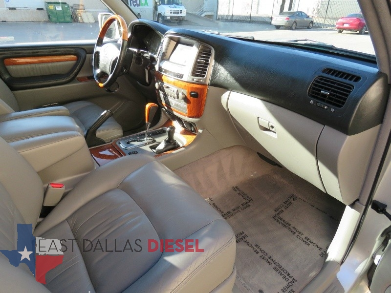 Lexus LX470 4 7L V8 Automatic 4wd Mark Levinson Audio Nav