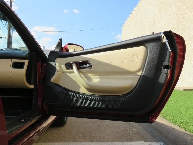 Mercedes-Benz SLK-Class 2001 price $5,995