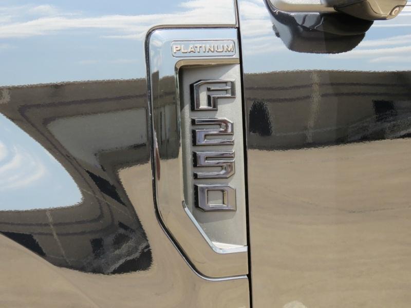 Ford Super Duty F-250 SRW 2017 price $79,995