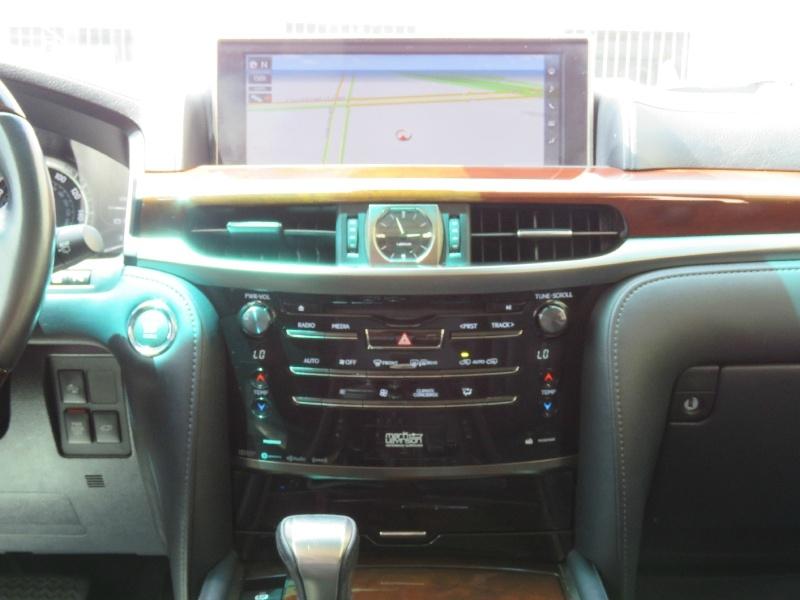 Lexus LX 570 2016 price $59,995