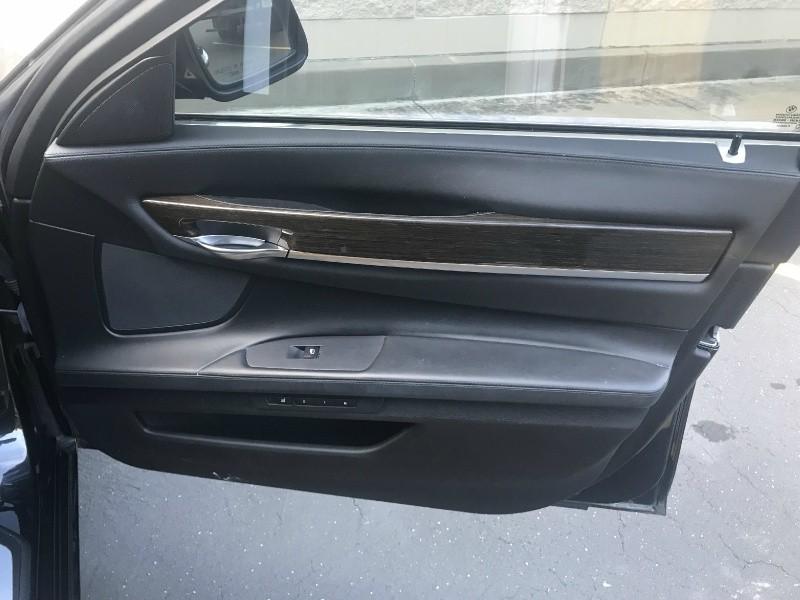 BMW 7-Series 2011 price $11,980
