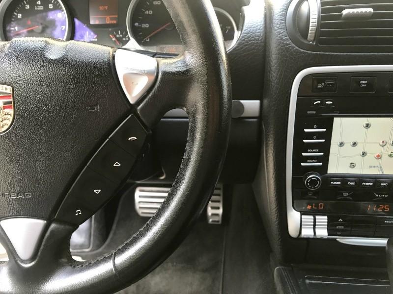 Porsche Cayenne 2009 price $15,290