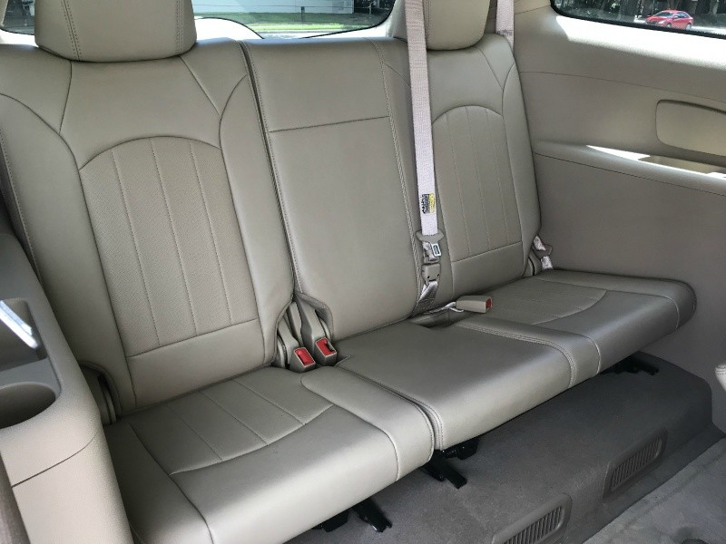 Buick Enclave 2010 price $9,290