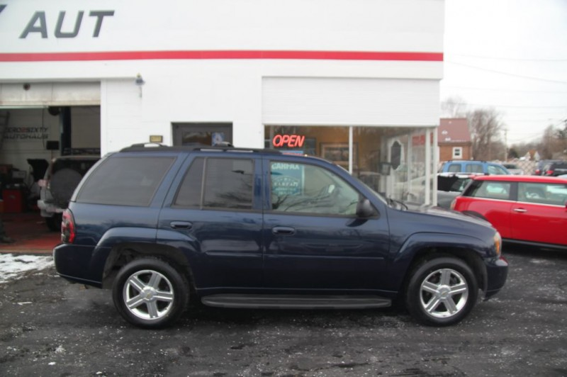 CHEVROLET TRAILBLAZER 2008 price $6,500