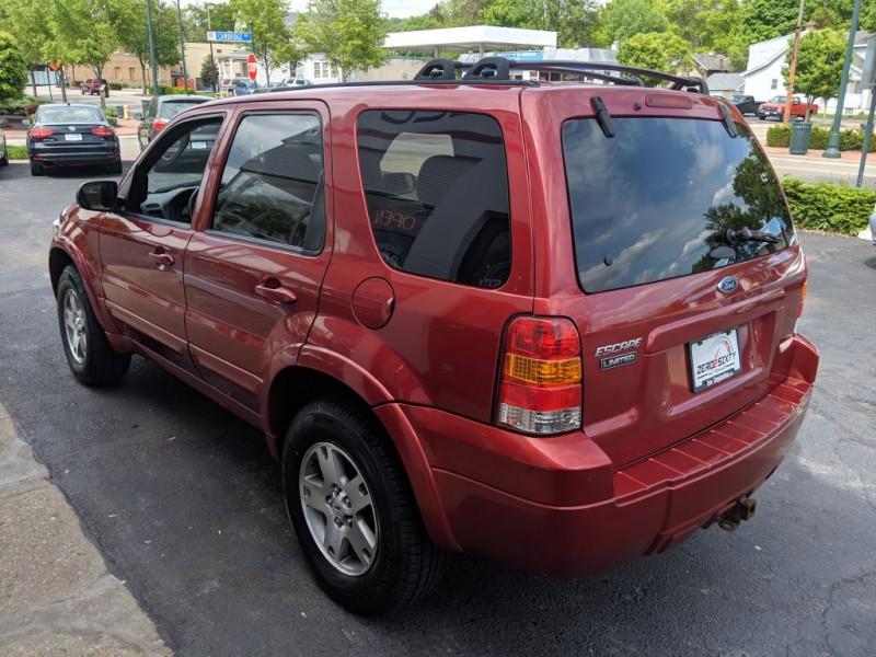 FORD ESCAPE 2005 price $4,799