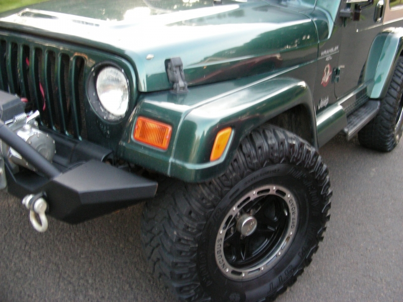 Jeep Wrangler 2000 price $11,995